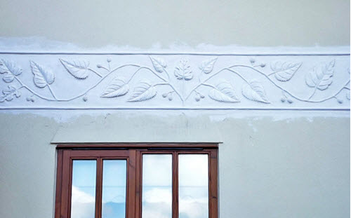 pargeting to decorate wall, traditional skill